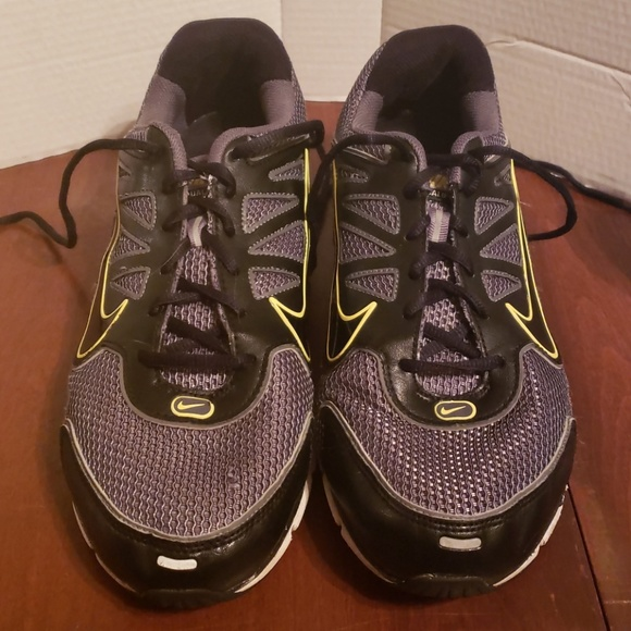 Nike Shox Qualify + 2 Men s Running Shoes. M 5c03ac69bb761519146362c5 34dd1ae2c